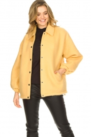 American Vintage |  Woolen jacket Zalirow | yellow  | Picture 4