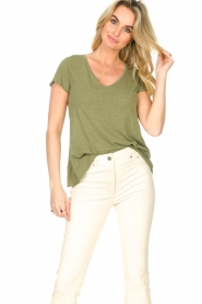 American Vintage |  Basic V-neck T-shirt Jacksonville | green  | Picture 2