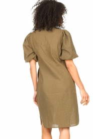 Second Female |  Cotton broderie dress with puff sleeves Bilbao | green  | Picture 6