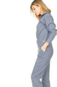 Lune Active |  Cotton sweater with zip collar River | blue  | Picture 6