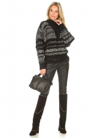 STUDIO AR |   Leather puffer shoulder bag Fiona | black  | Picture 2