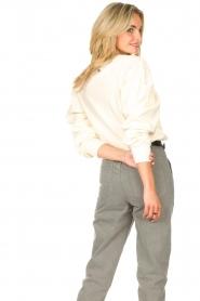 Aaiko |  Cotton sweater with puff sleeves Sasha | ecru  | Picture 6