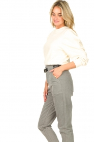 Aaiko |  Cotton sweater with puff sleeves Sasha | ecru  | Picture 5