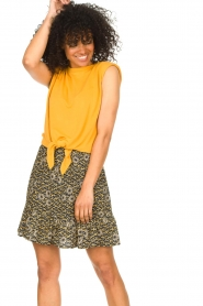 Aaiko |  Skirt with floral print Mabel | black  | Picture 2