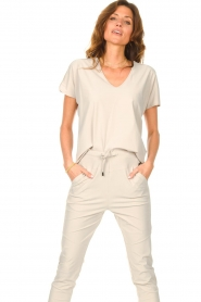 D-ETOILES CASIOPE |  Travelwear T-shirt with v-neck Alizée |   | Picture 2