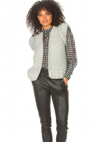Kiro by Kim |  Knitted waistcoast Leanne | grey  | Picture 4