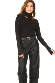 Notes Du Nord    Turtleneck sweater with shoulder details Alba   black    Picture 5