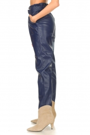 Aaiko |  Faux leather pants Pamalla | lilac  | Picture 5