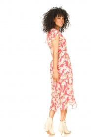 Freebird |  Midi dress with floral print Rosy | pink  | Picture 6