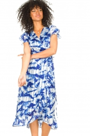Freebird |  Midi dress with print Rosy | blue  | Picture 5