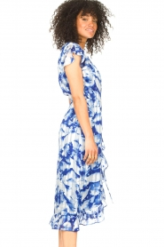 Freebird |  Midi dress with print Rosy | blue  | Picture 6