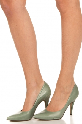 Noe | Leather pumps Nicole | green