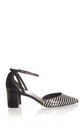 What For |  Leather sandals Florine | black & white