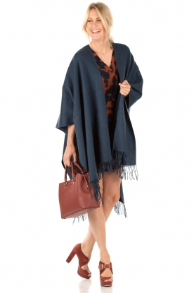 Cape Solid | blue