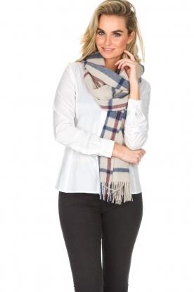Becksöndergaard | Sjaal met glinstering Macaw | naturel