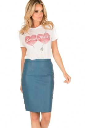 Zoe Karssen   T-shirt Love Hurts   wit