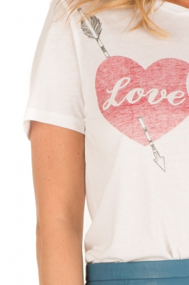 Zoe Karssen | T-shirt Love Hurts | wit