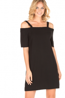 NIKKIE | Off-shoulder jurk Sutton Bardot | zwart