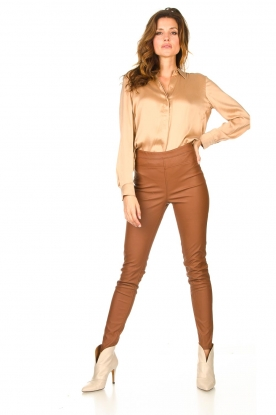 Knit-ted |  Faux leather leggings Amber | cognac