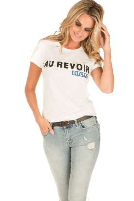 NIKKIE | T-shirt Au Revoir Bitches | wit