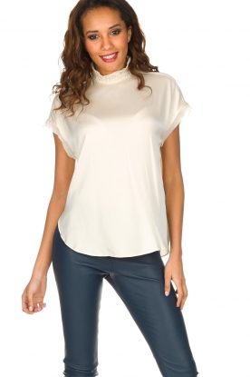 By Malene Birger | Zijden top Attimalla | crème wit