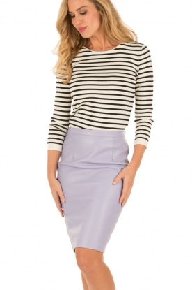 Leather pencil skirt | lilac