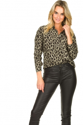 Les Favorites | Luipaardprint blouse Fien | dierenprint