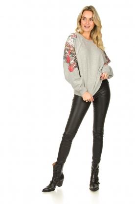 Look Sweater met mouwversieringen Tate