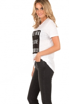 Zoe Karssen | Linnen T-shirt Pleasure | wit