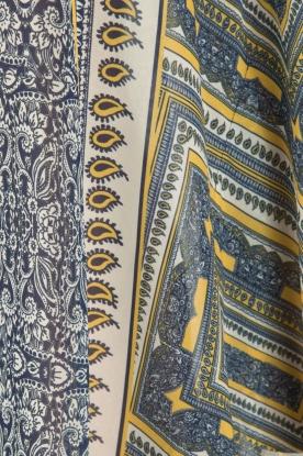 OndadeMar | Semi-sheer kaftan Zinnia | blauw/geel