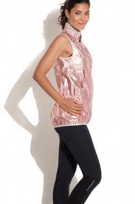 Casall | Mouwloos sportjack Metallic | roze