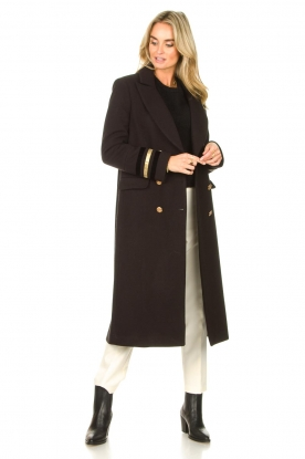 Look Cloak coat with striped details Obioma