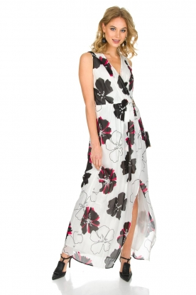 Atos Lombardini |  Maxi-dress with floral print | white