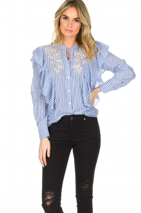 Antik Batik | Blouse met cut-out details Maryna | blauw