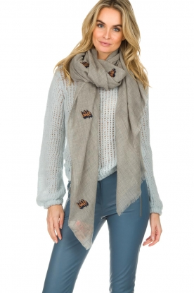 Becksöndergaard |  Scarf with emrboideries Dreamly Love | grey