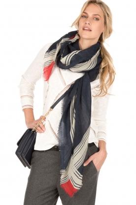 Becksöndergaard | Wollen sjaal Sivel | donkerblauw