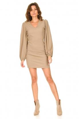 Look Crêpe dress with puff sleeves Venus: beige