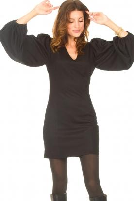 Notes Du Nord    Crêpe dress with puff sleeves Venus: black