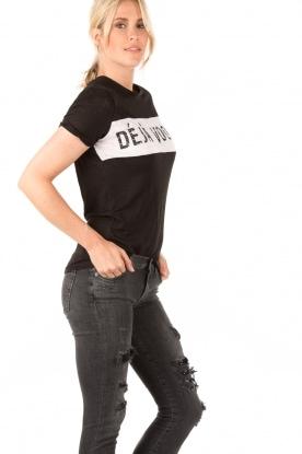 Zoe Karssen | T-shirt Deja Voodoo | zwart