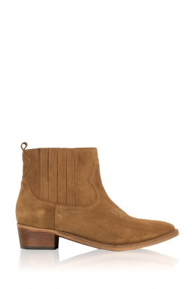 Catarina Martins |  Suede ankle boots Chase Velourk | camel
