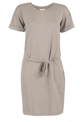 Knit-ted | T-shirt jurk Jael | grijs