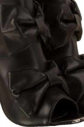 Morobé | Leren peep-toe enkellaars Legano | zwart