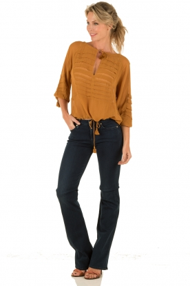 Munthe | Top Equal | camel