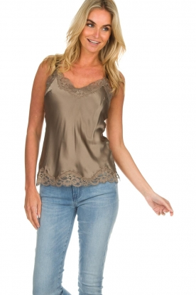 Gold Hawk |  Silk top Elin | grey