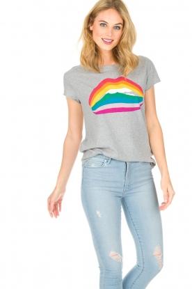 Set | T-shirt Rainbow Lips | grijs