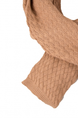 Knitted scarf Gin | brown