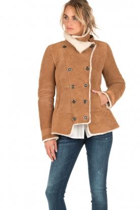 Patrizia Pepe | Suede lammy coat Frensi | bruin