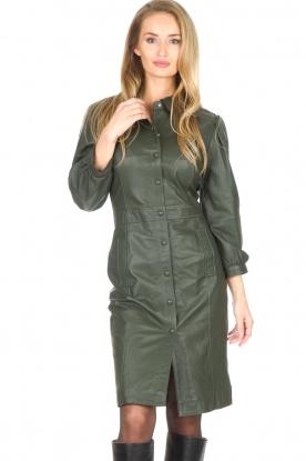 STUDIO AR   Leren jurk met pofmouwen Jamil   groen