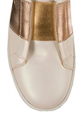 Leather shoe Valentina | pearl white and gold