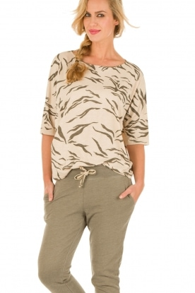 Juvia | Top Safari | print
